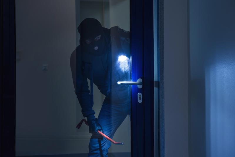 So sichern Sie Ihre Immobilie gegen Einbrecher ab