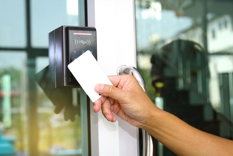 Machen Sie Ihr Zutrittskontrollsystem mit der Zwipe-Zutrittskarte noch sicherer.